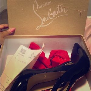 Christian Louboutin pointed toe pump